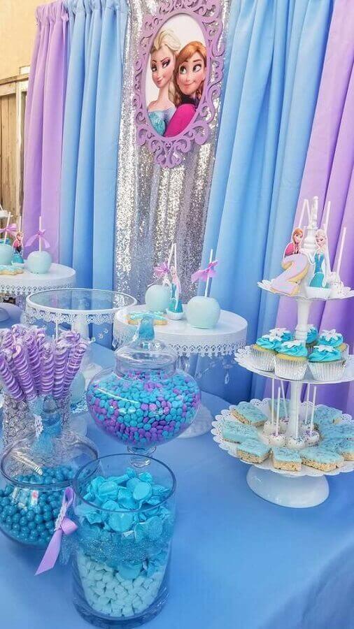 decoração azul e lilás para festa da frozen Foto Catch my Party