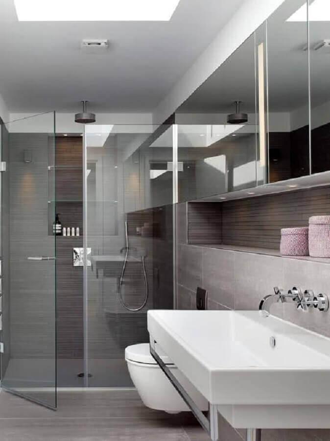 decoração clean para banheiro cinza com nicho embutido Foto Pinterest