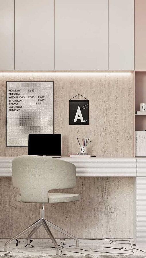 decoração clean para escritório com cadeira giratória sem braço Foto Wood Save