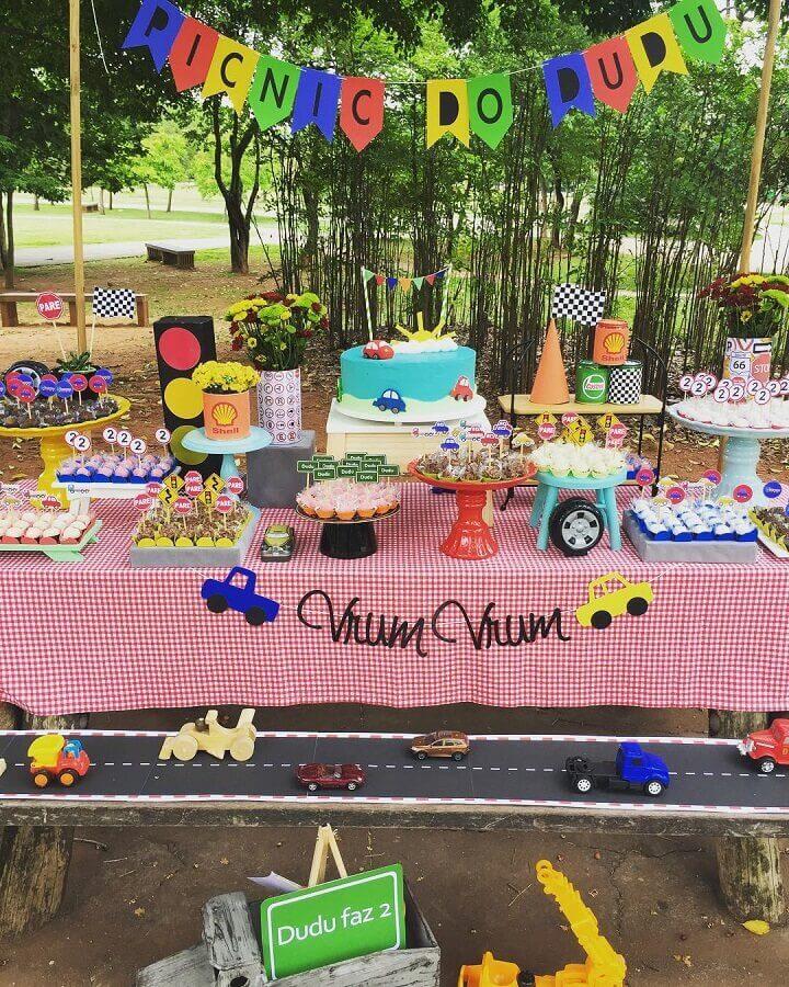decoração colorida para aniversário piquenique infantil Foto Roseli Sato