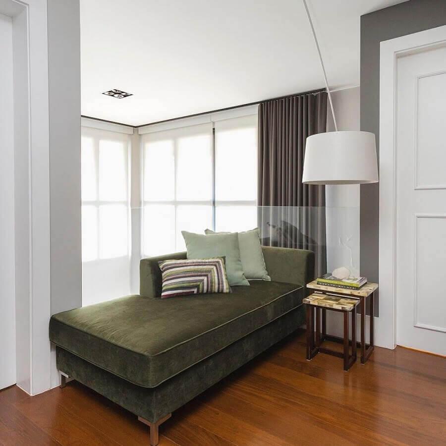 decoração com sofá verde musgo  Foto Asenne Arquitetura