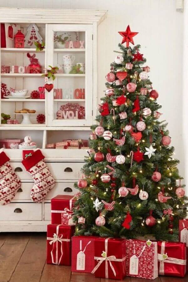 Christmas decoration for red and green room Photo Virtual Suit