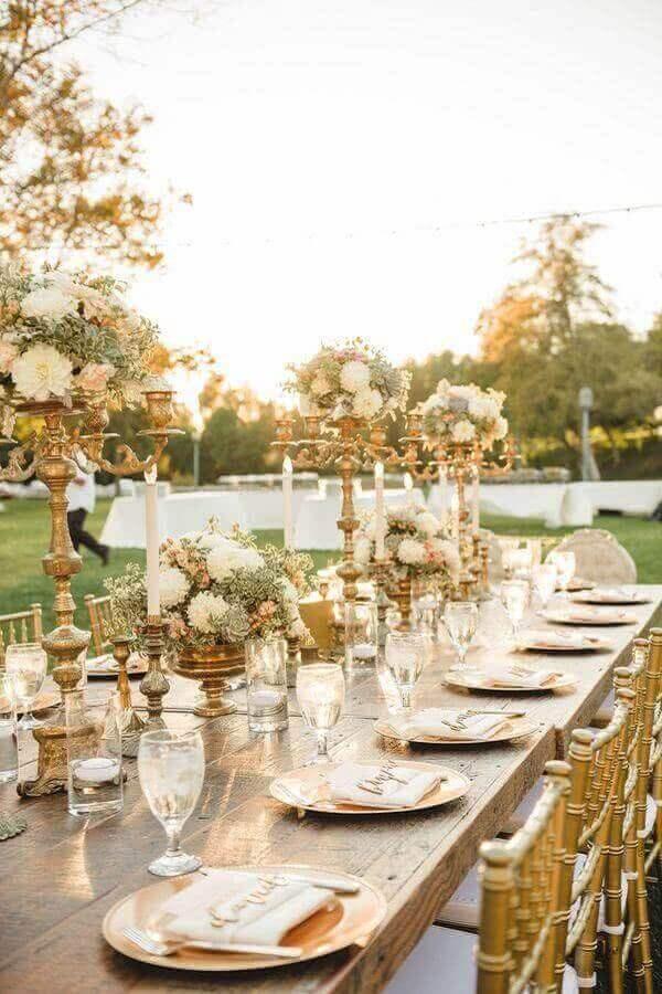 Decoração de festa simples para casamento dourado