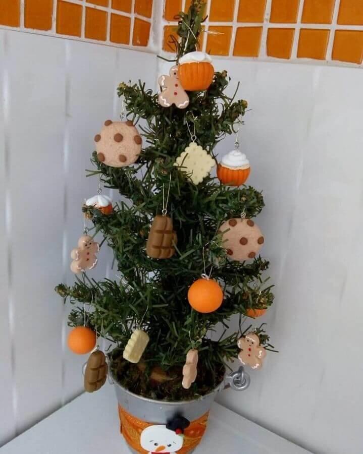 decoração divertida para árvore de natal pequena Foto Van Biscuit