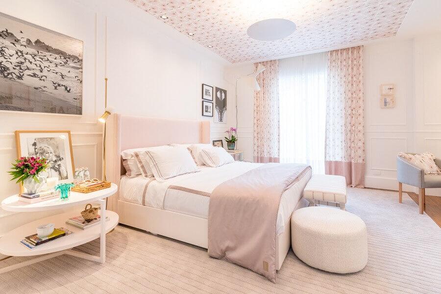 decoração em cores neutras para quarto de casal
