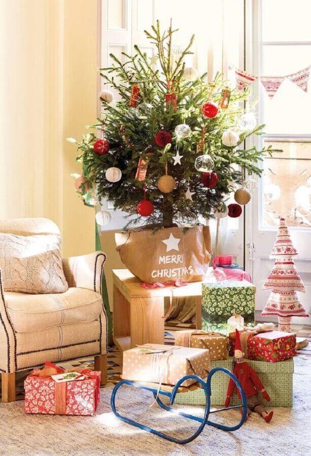 decoração para árvore de natal pequena Foto El Mueble