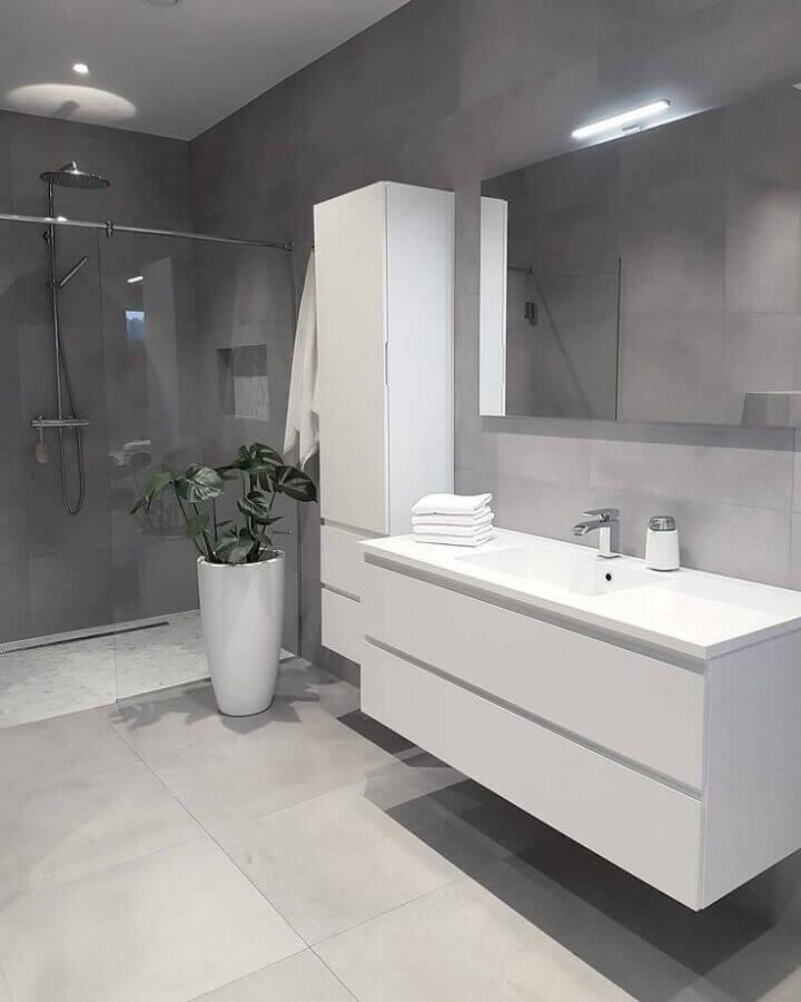 decoração para banheiro cinza e branco grande Foto Pinterest