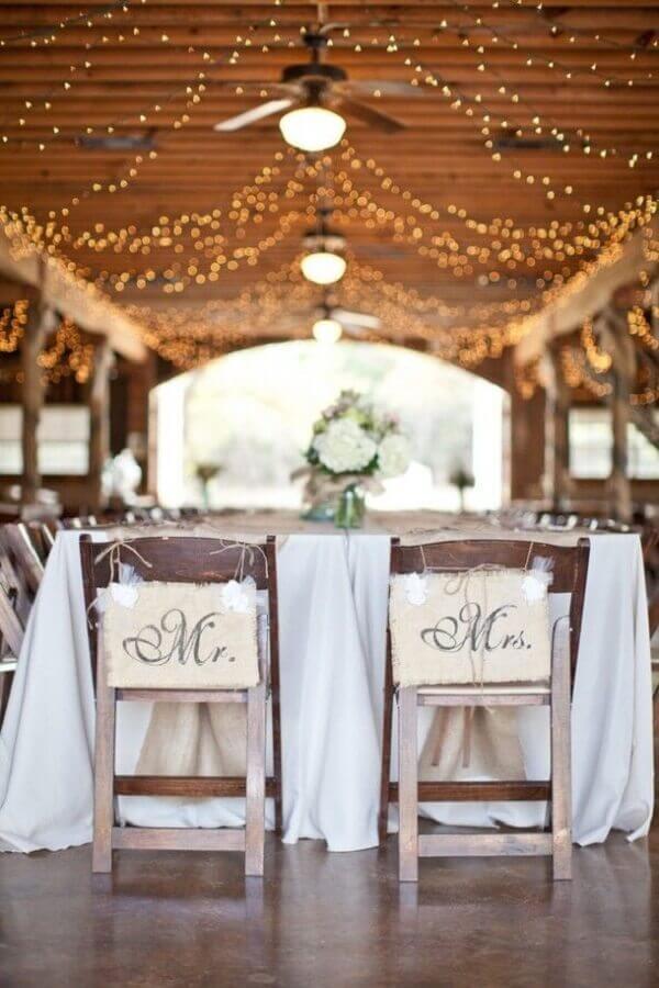 decoração para casamento simples no campo Foto Archzine