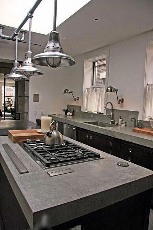 decoração para cozinha com bancada de concreto e cooktop Foto AllaDecor