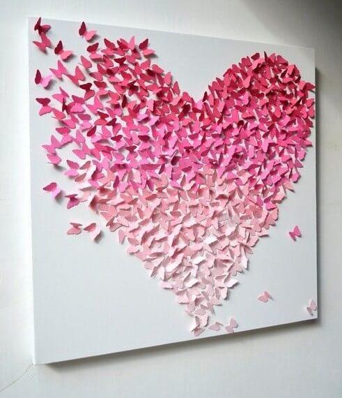 Quadro decorativo feito com borboletas de papel