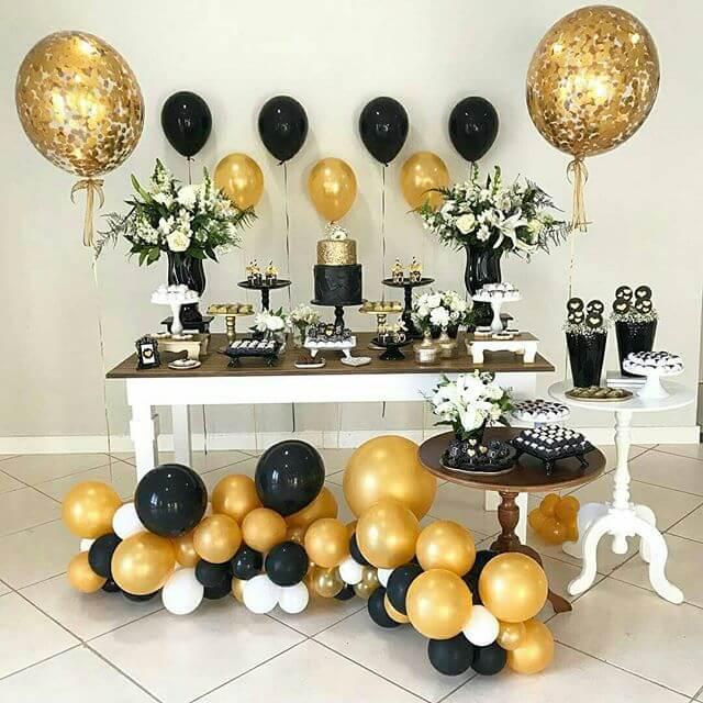 Decoração para festa de 18 anos dourado e preto