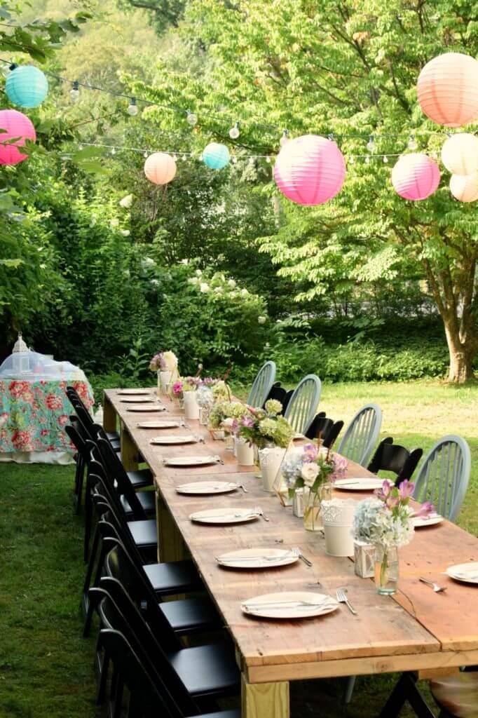 Decoração de festa simples para casamento ao ar livre