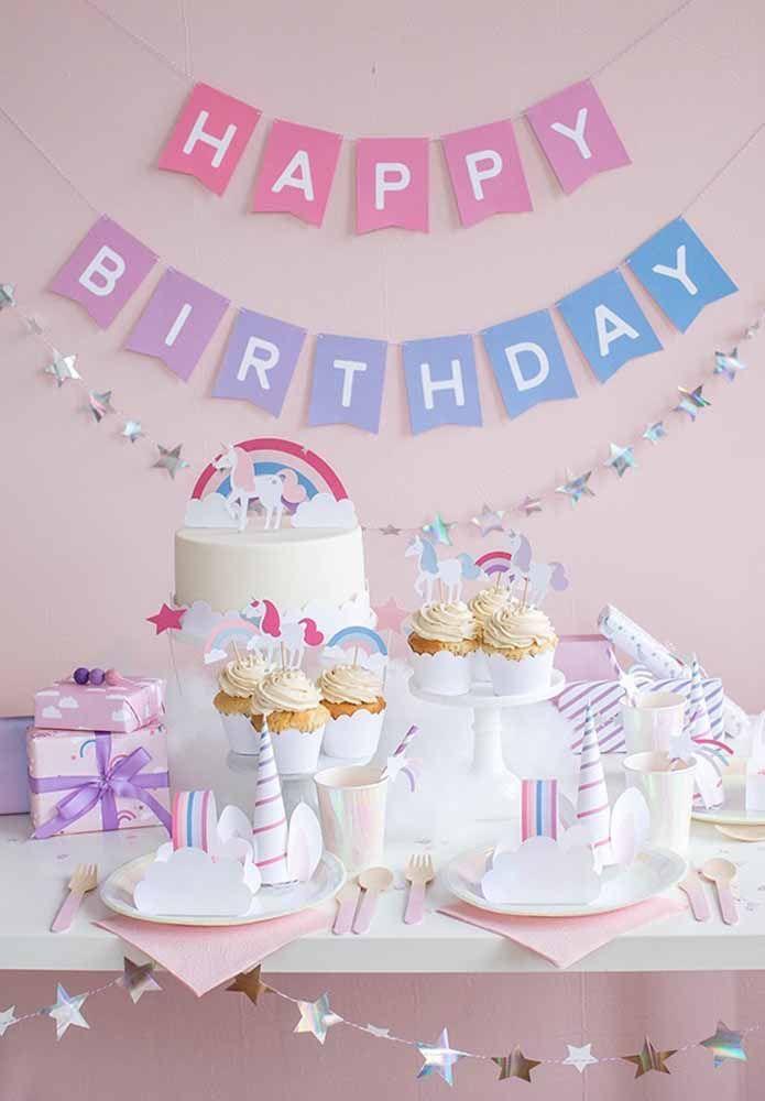 Decoração de festa simples para aniversário infantil de unicórnios