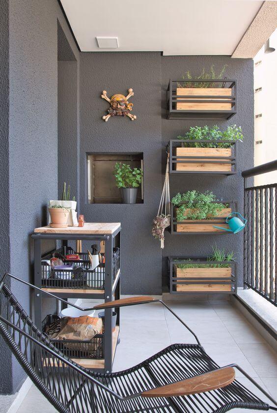 Decoração de jardim vertical com suporte para plantas de madeira e ferro