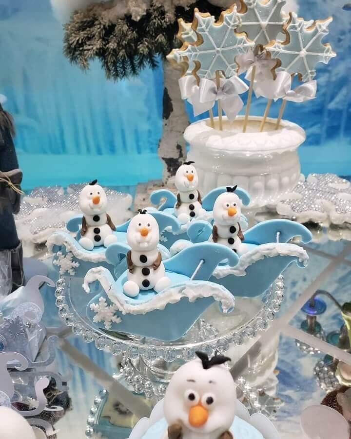 detalhes decorativos para festa de aniversário da frozen Foto Naty e Cia