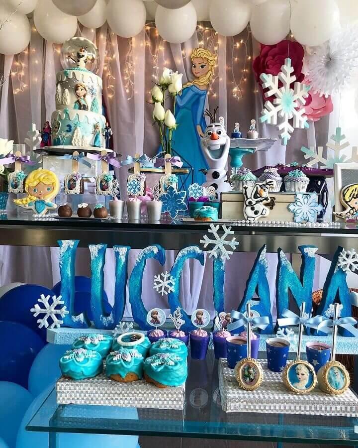 detalhes para decoração de festa de aniversário da frozen Foto Triki Party