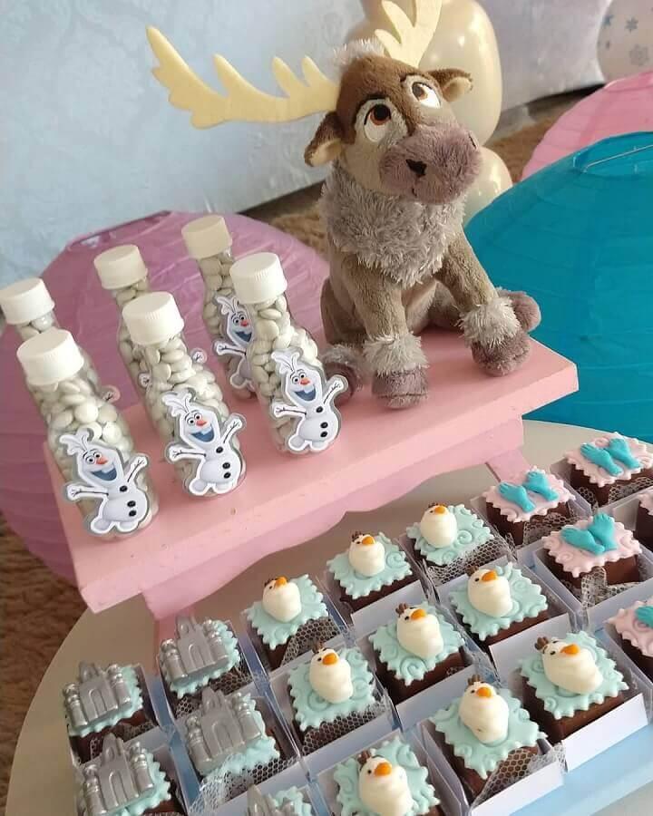 docinhos decorados para festa de aniversário da frozen Foto UP Mimos