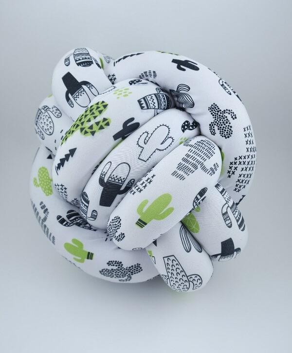Modelo de almofada de nó estampada