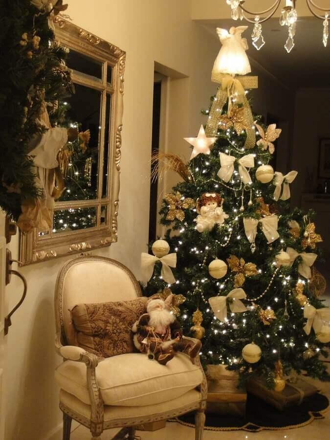 enfeites para árvore de natal tradicional dourada Foto Ingridi Catarine
