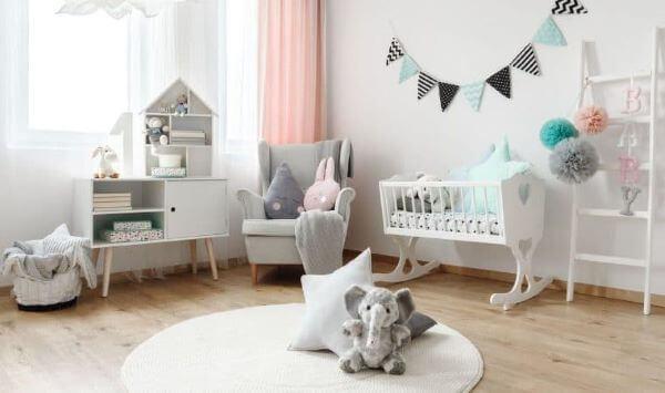 Enfeites simples e lindos para usar no quarto de bebê