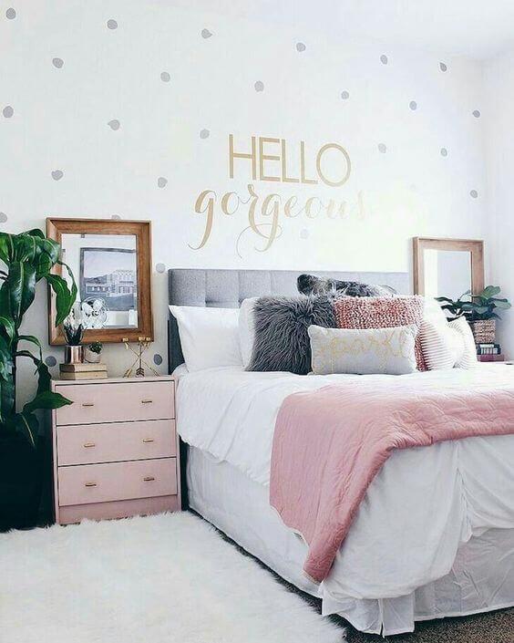 Enfeites para quarto de casal
