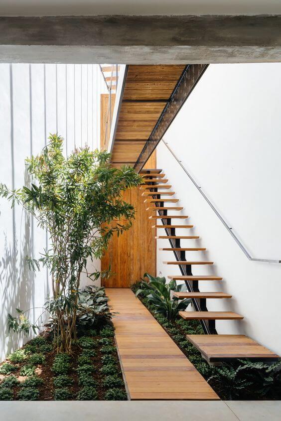 escada externa - escada em jardim