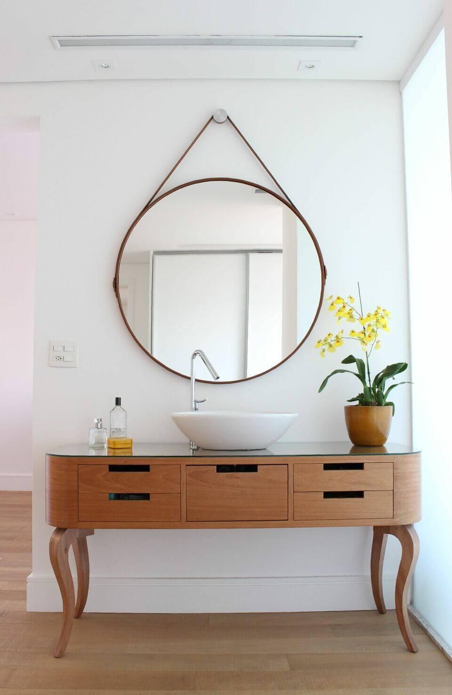espelho adnet - bancada de madeira com tampo de vidro e espelho