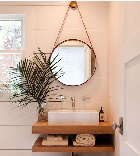 espelho adnet - banheiro com bancada de madeira