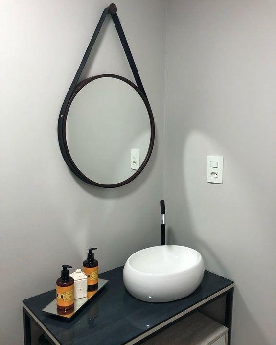espelho adnet - lavabo simples com espelho redondo