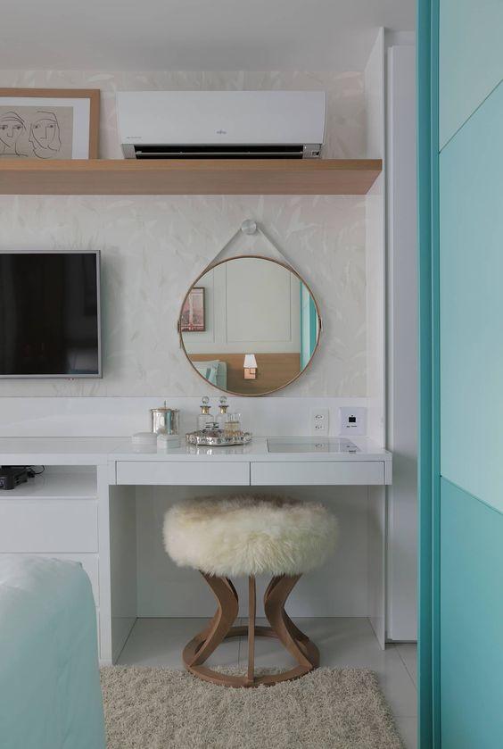 espelho adnet - quarto com penteadeira e banco