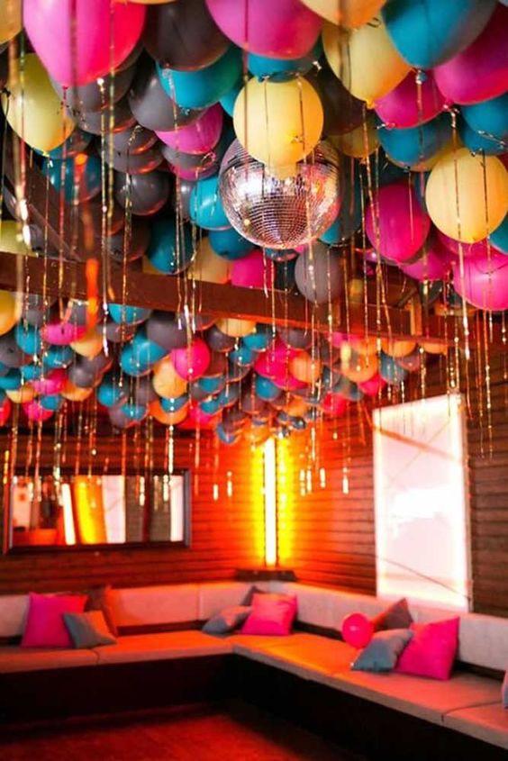 festa de 18 anos colorida