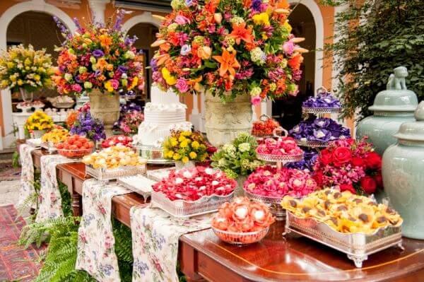 Flores para casamento colorido