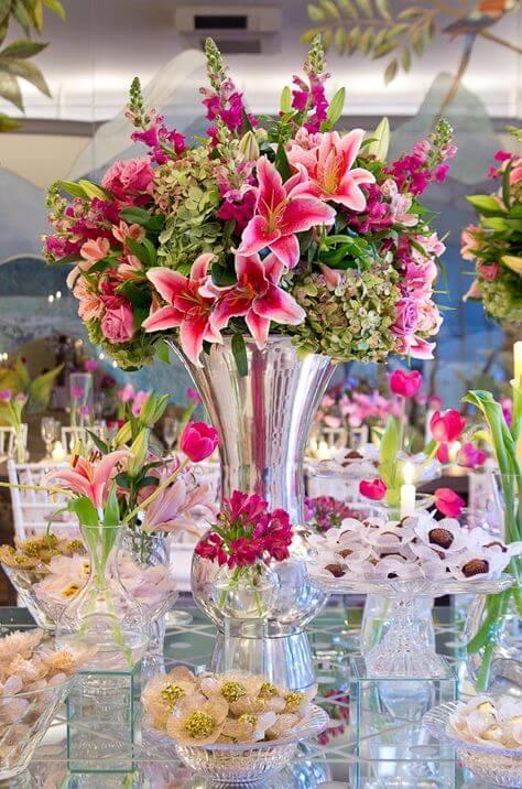 Flores para casamento lírios cor de rosa
