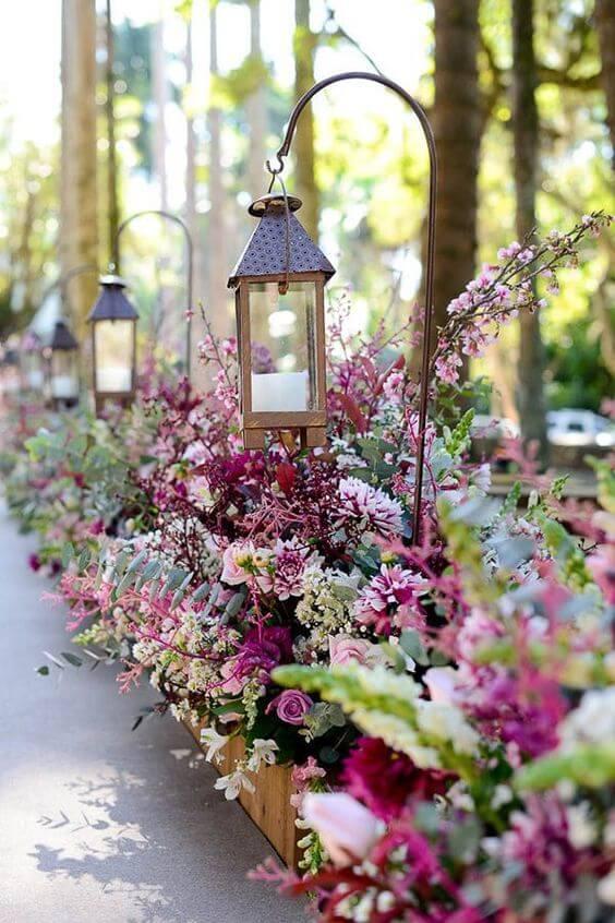 Flores para casamento rústico em marsala