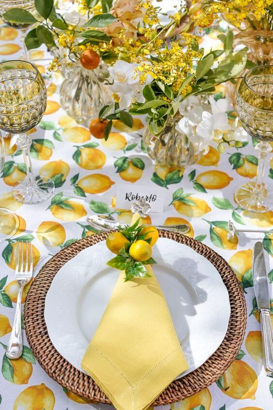 Guardanapo de tecido para festa tropical decorada com limão siciliano