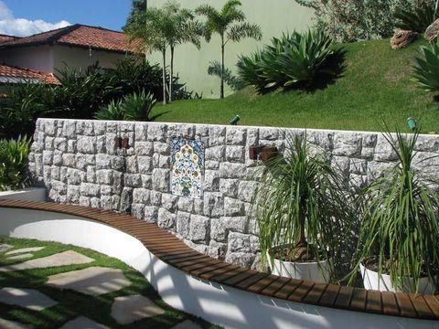 jardim residencial - banco com acabamento de deck