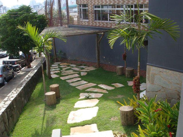 jardim residencial - jardim com caminho de pedras