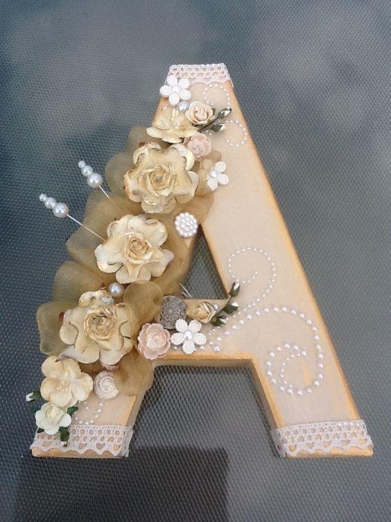 letras decorativas - letra a com renda e flores