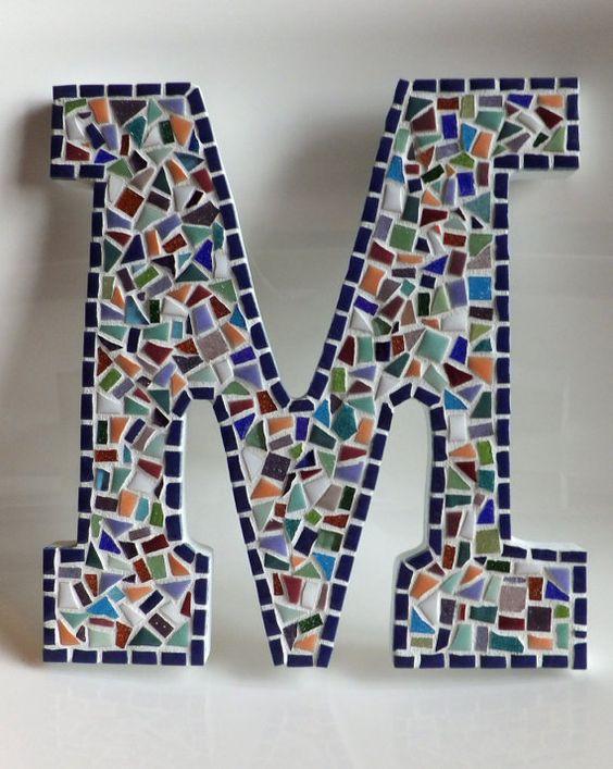 letras decorativas - letra m de mosaico