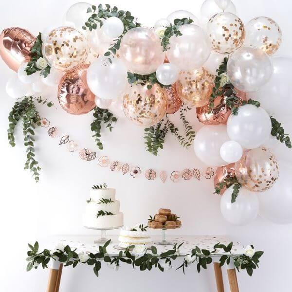 balões metalizados para decoração de festa simples
