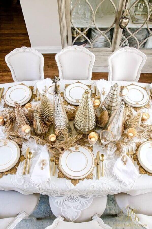 mesa de ano novo decorada dourada e branca Foto Society19]