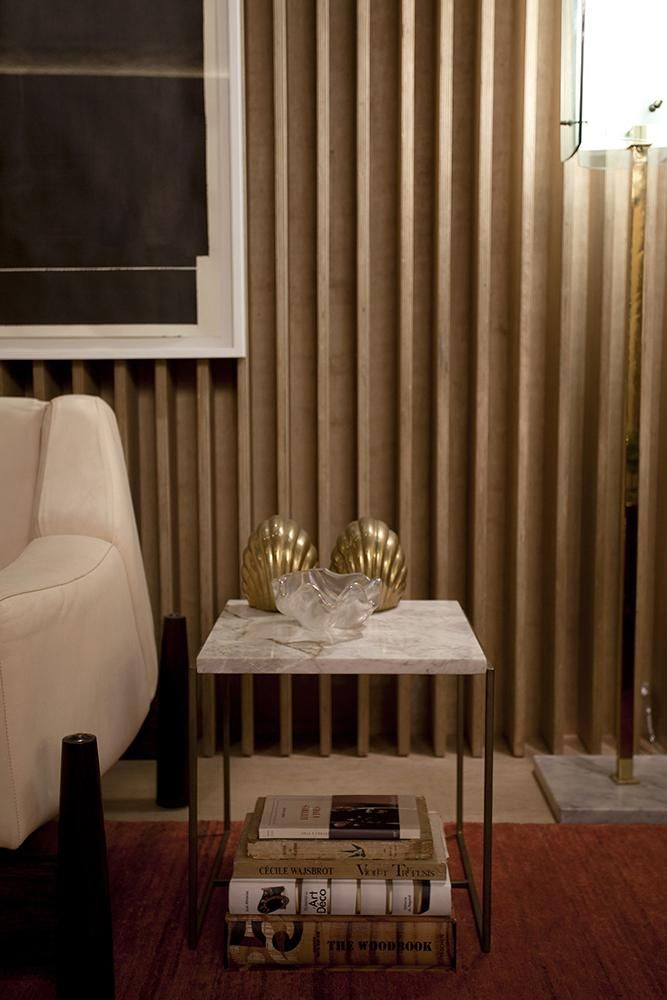mesa de canto para sala - mesa de canto com tampo de mármore