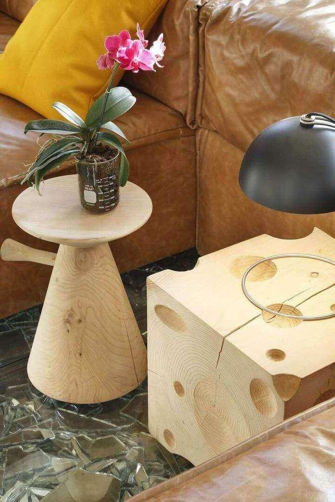 mesa de canto para sala - mesa de canto de madeira com vaso