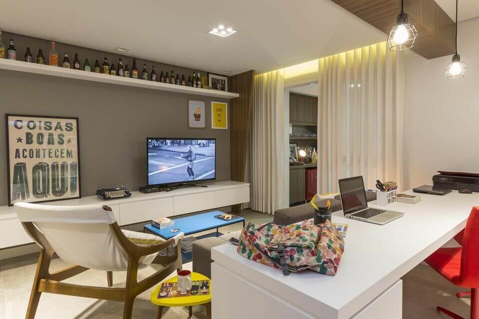 mesa de canto para sala - mesa de canto simples amarela