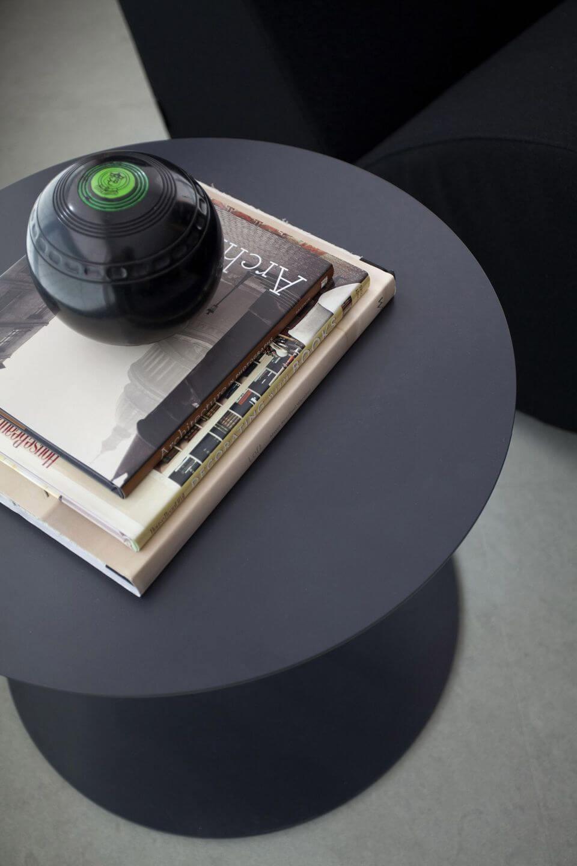 mesa de canto para sala - sala de estar com mesa de canto