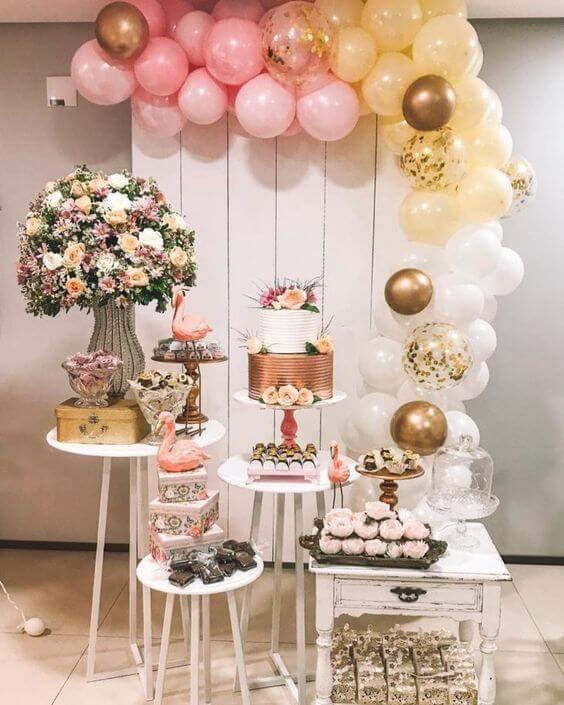 mesa de doces para festa de 18 anos