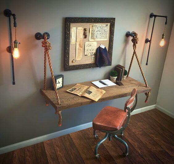 mesa de estudo suspensa de madeira