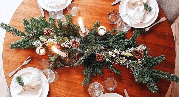 Centro de mesa natal simples e linda