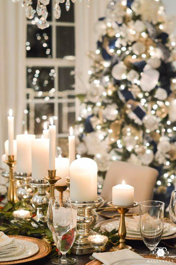 Velas são ótimas opções para decorar a mesa de natal