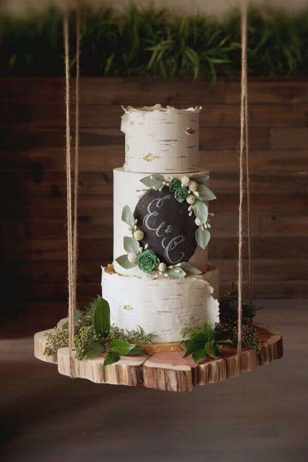 modelo diferente de bolo de casamento Foto An Event Less Ordinary